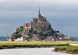 270px-Mont_St_Michel_3,_Brittany,_France_-_July_2011